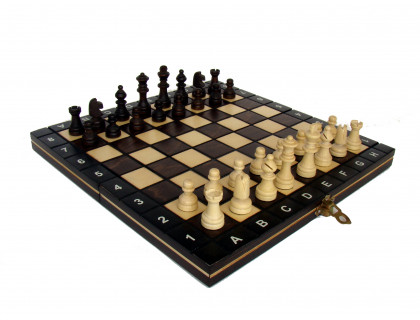 Шахматы магнитные деревянные мини оптом