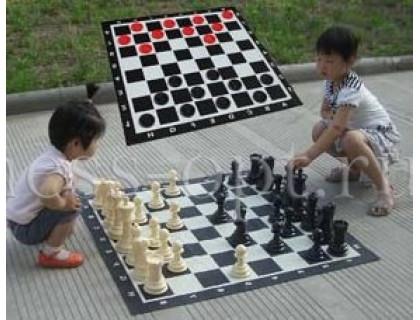 Напольные мини шахматы и шашки 2 в 1 (с доской ) оптом