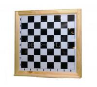 Шахматная демонстрационная доска в деревянной раме