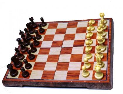 Шахматы магнитные пластиковые Люкс средние оптом